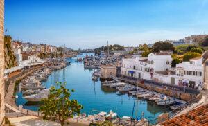 7 ciudades de Menorca que merece la pena conocer